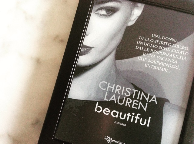 """Beautiful"" di Christina Lauren 