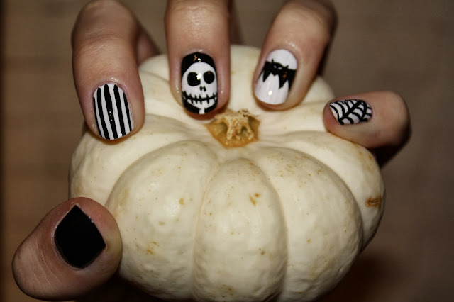 Nightmare Before Christmas Halloween Nails Nail Art