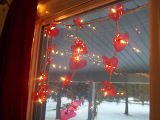 http://www.heartfeltbalancehandmadelife.com/2013/01/valentine-heart-lights-re-using.html