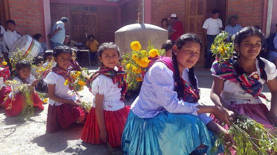 Se realizó la II Feria de la nuez y el singani en Selocha