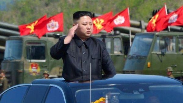 Corea del Norte realiza pruebas militares defensivas