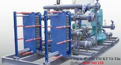 thiết bị trao đổi nhiệt bằng nước. bộ trao đổi nhiệt bằng nước