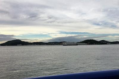もじ楽の湯から見る関門海峡
