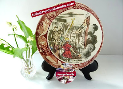 joan of arc burned at the stake in Rouen.Polychrome illustrated plate produced by french antique renowned pottery late 1800s