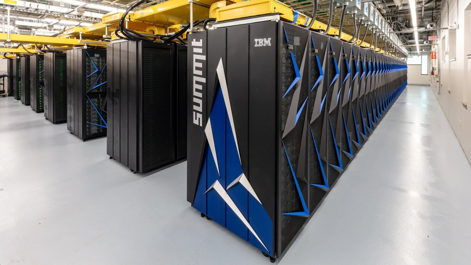 US Built Supercomputer Which  Is The Fastest In The World