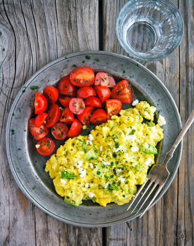 Fluffy Scrambled Eggs with Avocado and Feta