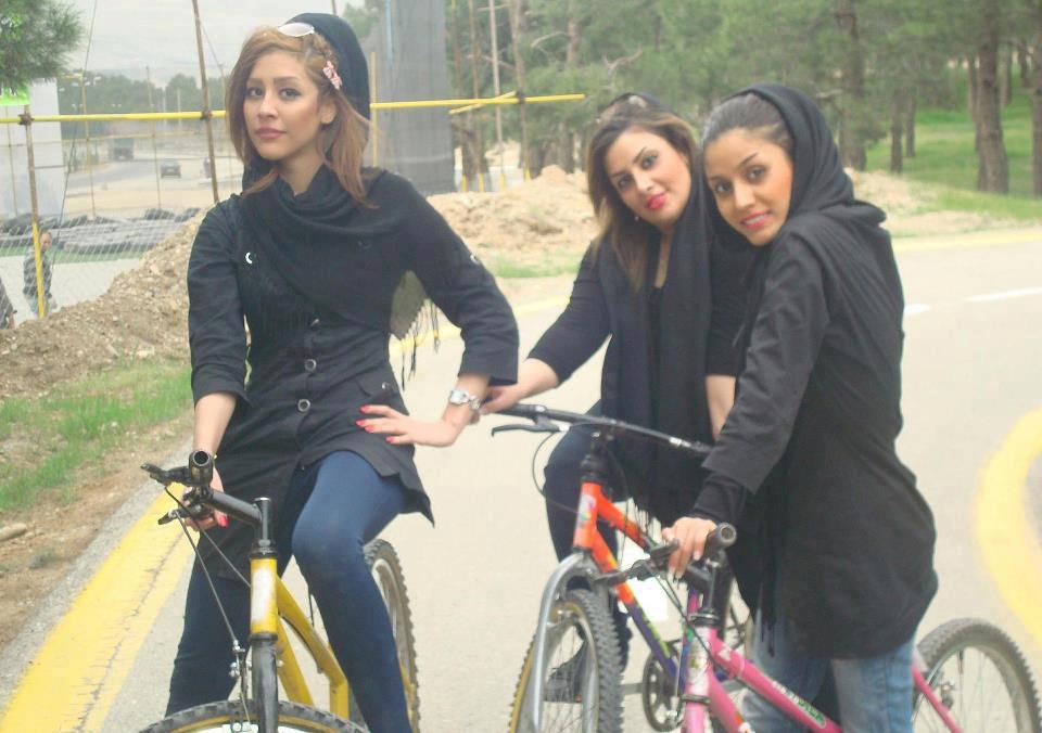 Bildergebnis für زن دوچرخه سوار ايران