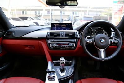Interior BMW F30 Facelift LCI
