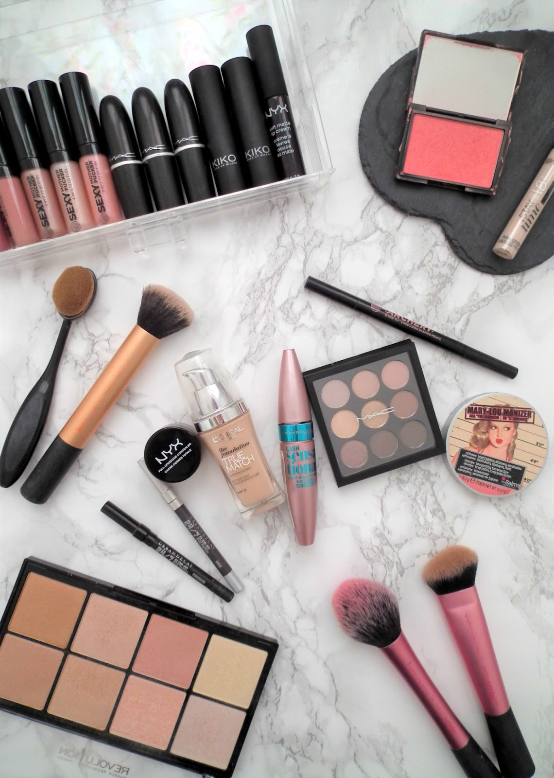How To Build A Makeup Collection