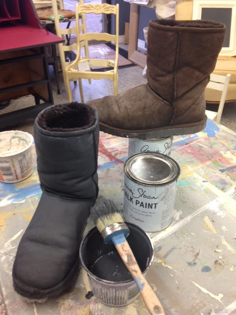 b345a16ea22 The boots looked great after one coat, but I did 2, just to get perfect  coverage. Annie Sloan recommends waiting overnight between coats to be sure  the ...