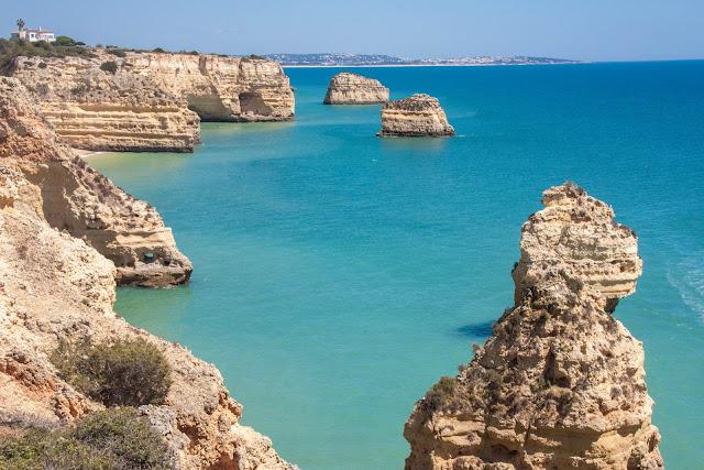 Sete praias de perder o fôlego no Algarve, em Portugal
