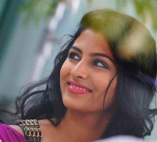 Kruthika Jayakumar Profile Biography Family Photos and Wiki and Biodata, Body Measurements, Age, Husband, Affairs and More...