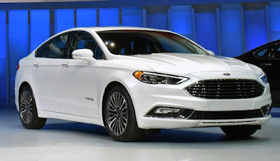Ford Fusion Specifications: Wheelbase: 112.20 in, Height: 58.20 in