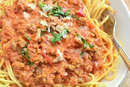 Spaghetti with Italian Sausage and Vodka Sauce