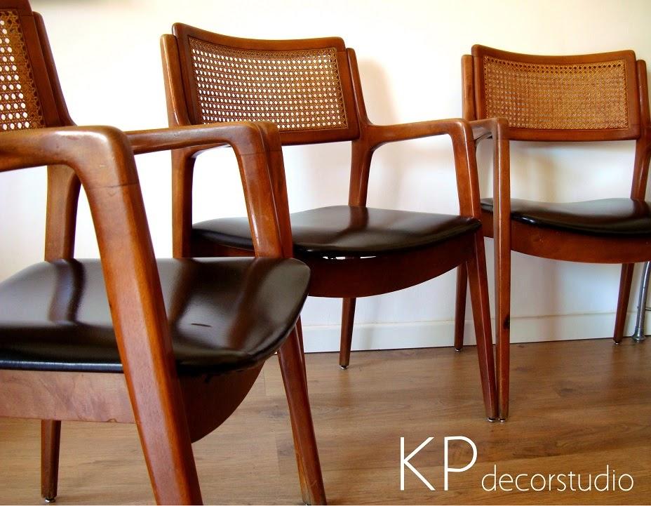 Conjunto de sillas estilo escandinavo de Dinamarca en perfecto estado con respaldo de ratán y madera de haya.