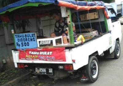 Peluang Usaha Mobil Pick-Up Menjual Tahu Bulat