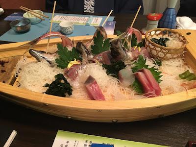 永芳閣の夕食 舟盛り