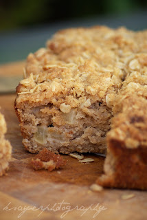Vegan Apple Crumble Cake