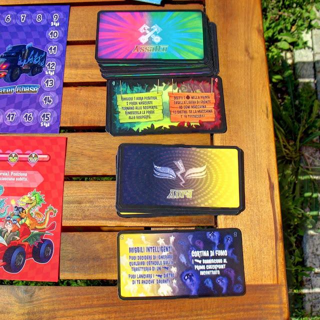 Monster Chase: il mazzo delle carte assalto e delle carte aura