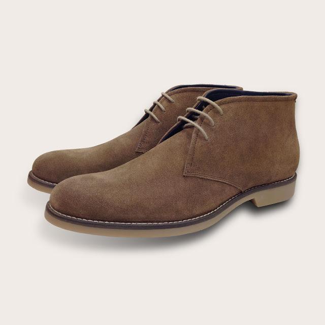 limpieza de botas de gamuza