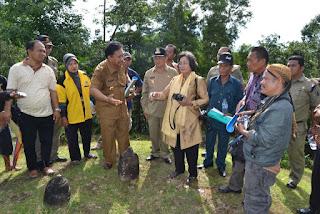 Bonaron Situmeang-Prof. Dr Meutia Hatta