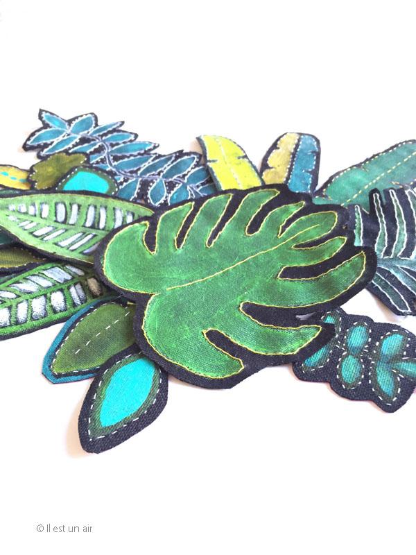 Feuilles tropicales brodées