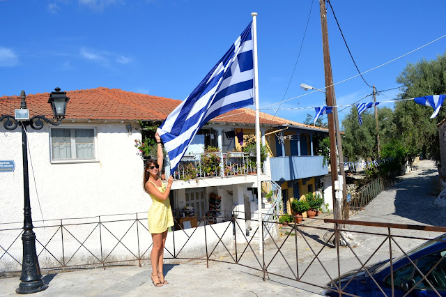 katouna Lefkada grecia bandera