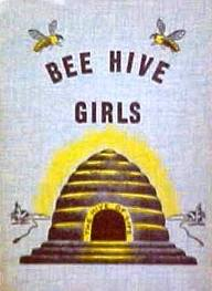 http://2.bp.blogspot.com/-O8MrSFMRVbY/T6gq5NOm9aI/AAAAAAAACbc/YaThlPPc5QQ/s1600/beehive+girls.jpg
