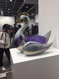 Jeff Koons, Swan (Inflatable), 2011-15