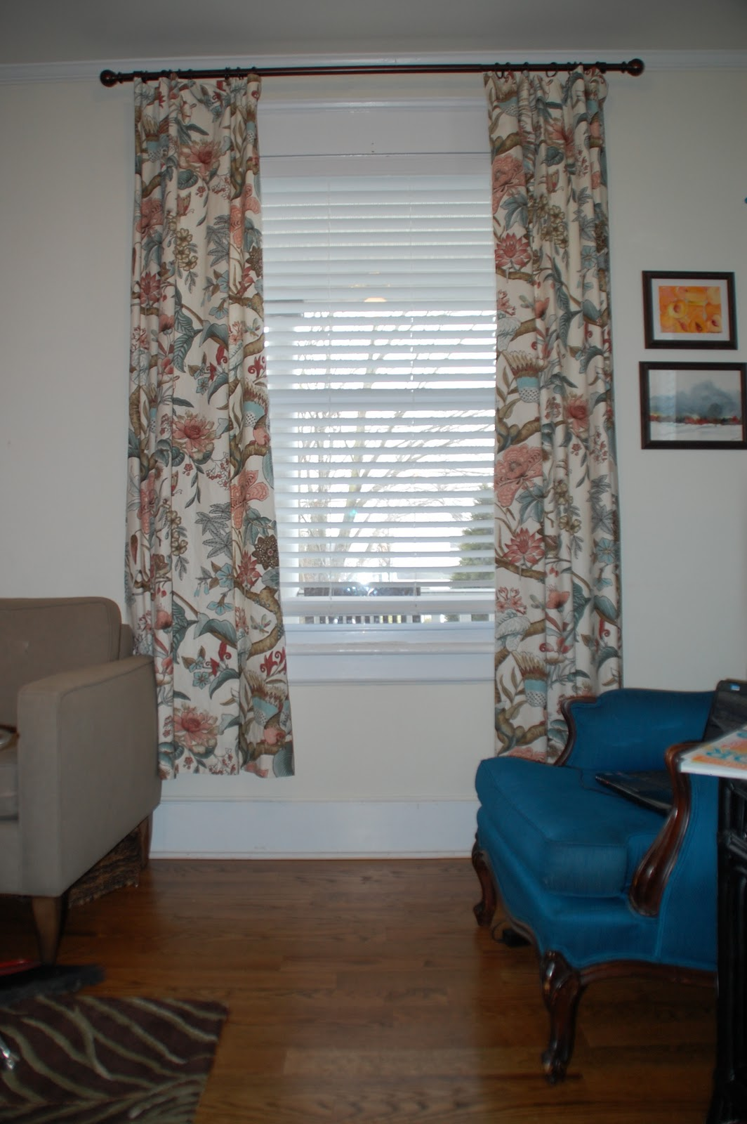 Lisa moves lengthening curtains - Long or short curtains in living room ...