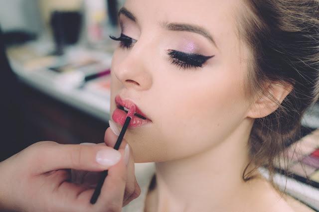 Makeup tips : 10 Makeup and Beauty Tips and Secret