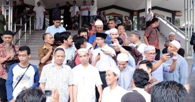Hadir di masjid serukan demo tanggal 4 November, ini kata Anies...
