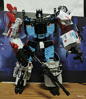 Transformers UW-03 Unite Warriors Defensor