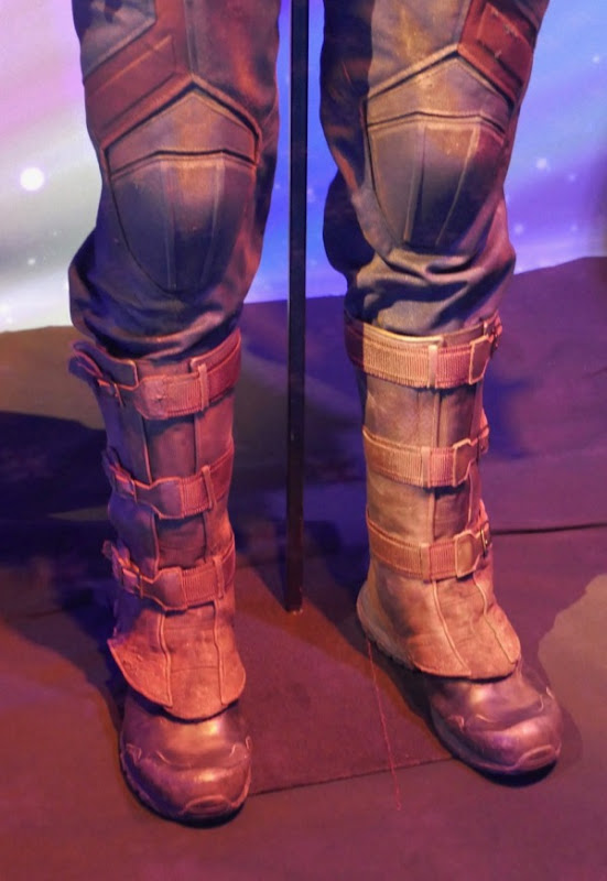 Captain America costume boots Avengers Infinity War