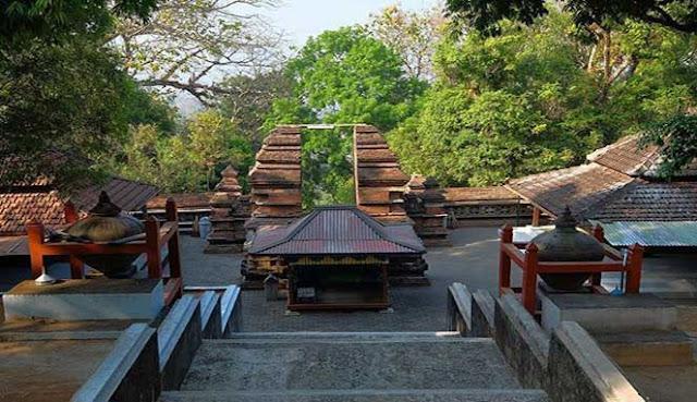 adalah sebuah wilayah kabupaten yang berada di Provinsi Daerah spesial Yogyakarta WISATA BANTUL PENUH DENGAN KEINDAHAN ALAM