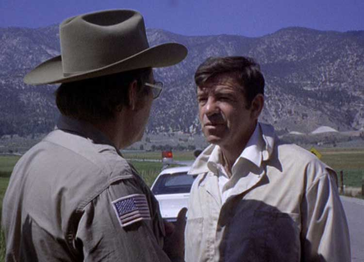 Charley Varrick (Walter Matthau) goes on the run in Don Siegel's film.