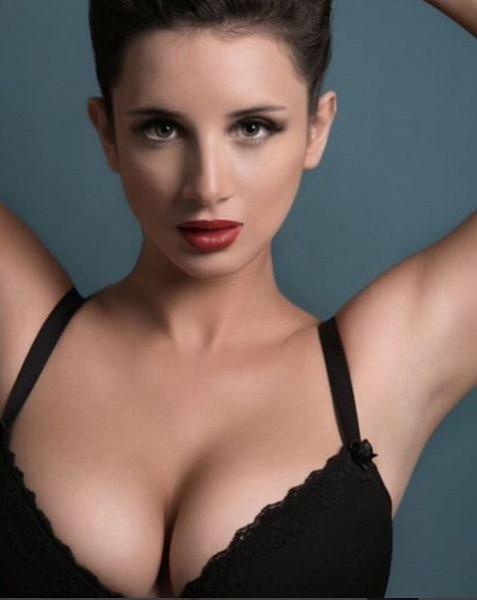 Foto Hot Model Cara Ruby 7