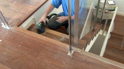 acuchillar escalera de madera