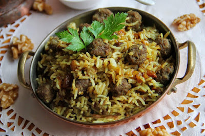 Rice, Cabbage and meatball in Kalam polo.