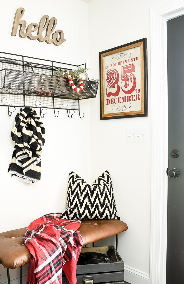 Holiday Decorated Mudroom, Mudroom, Budget Decorating