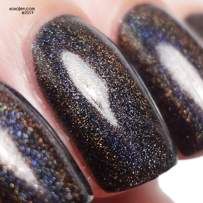 xoxoJen's swatch of kbshimmer Twist & Stout