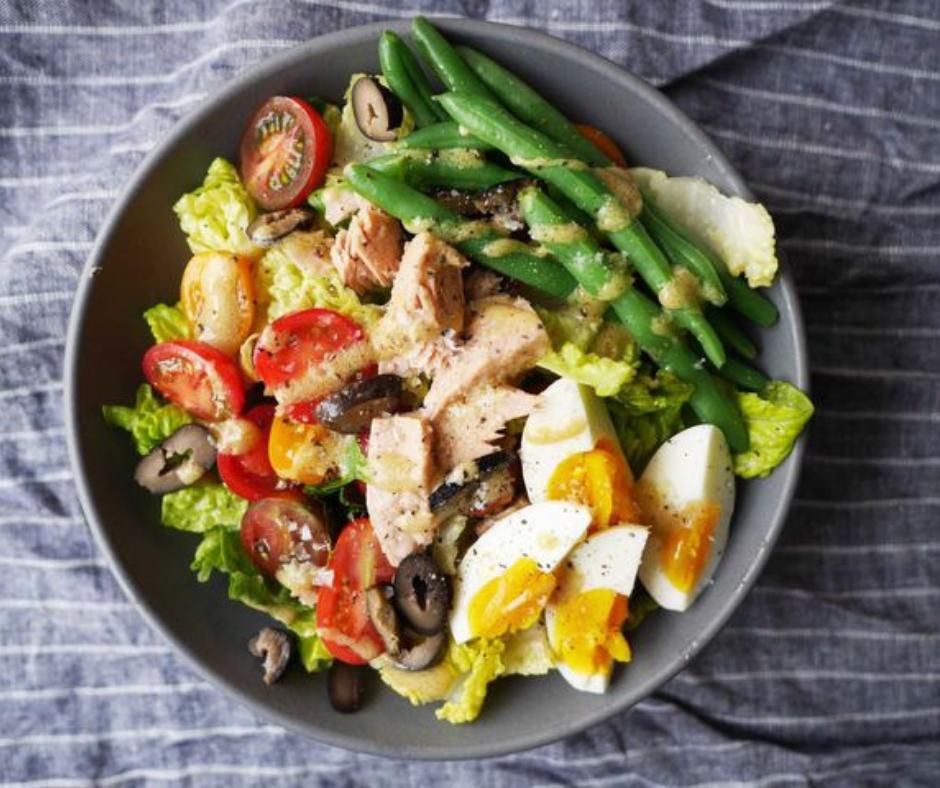 Niçoise-Style Chopped Salad - food-drink-recipes.com