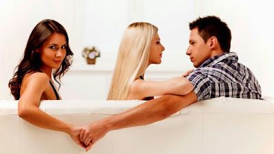 Empat Hal yang Tidak Boleh dilakukan Bila Pasangan Ketahuan Selingkuh