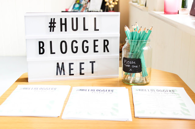 Hull Blogger Meet September 2016 Liquid Jade Light Box Gingersnap #HullBloggerMeet #HullBloggers
