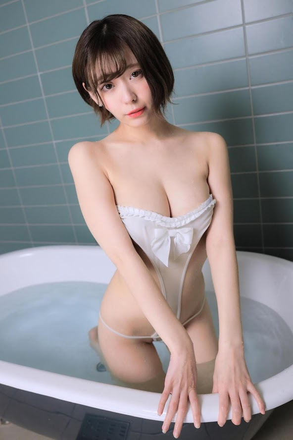 [Digital Photobook] Yui Kohinata 小日向結衣 &Bath time。