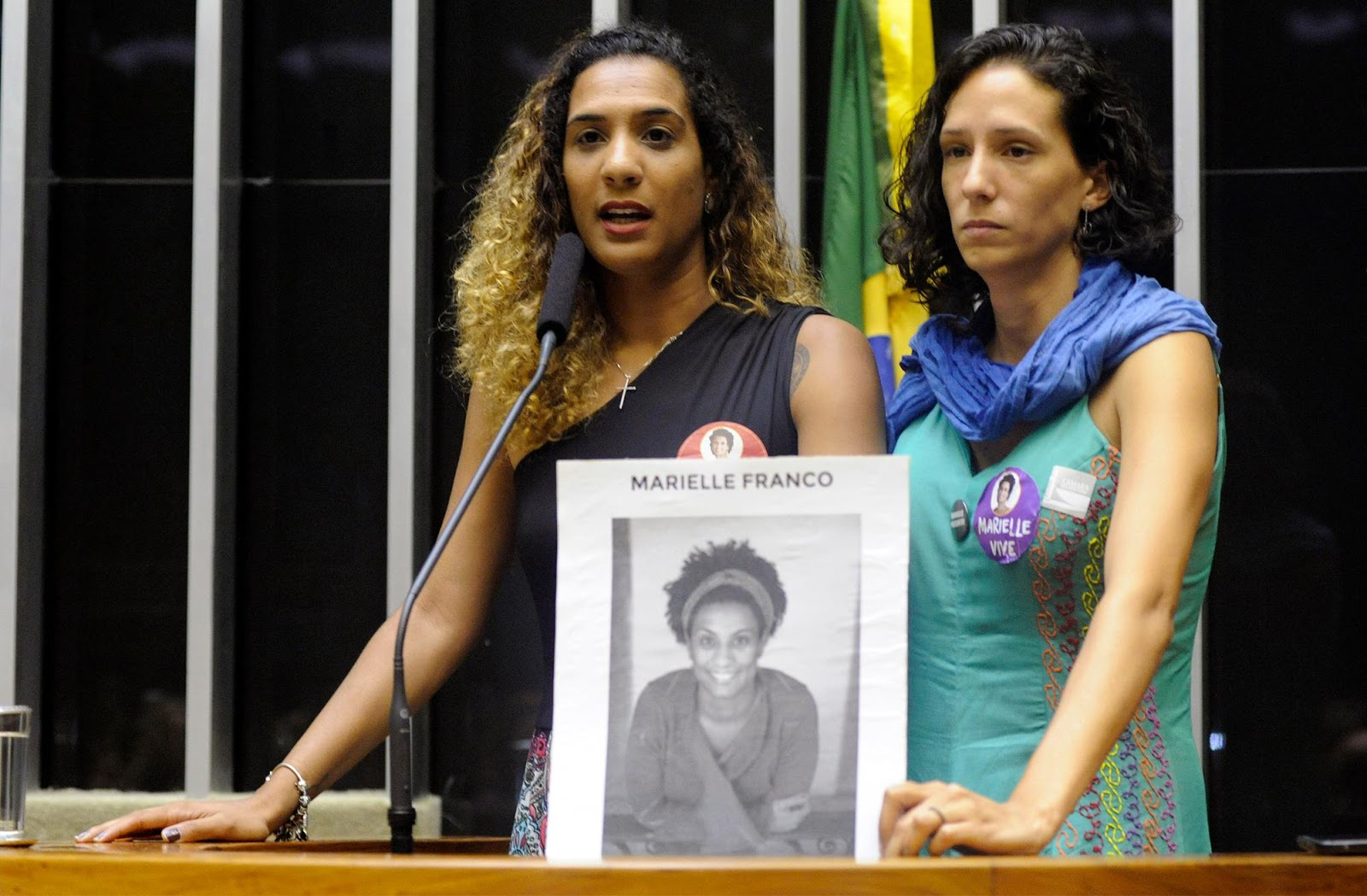 Monica, mulher de Marielle Franco, participa de sessão solene na Câmara dos Deputados