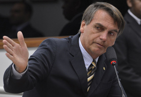 Bolsonaro pede ao TSE impugnação de pesquisa Datafolha