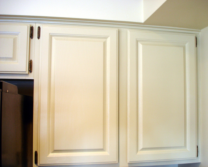 Great Paint For Great Homes: Painted Oak Cabinets