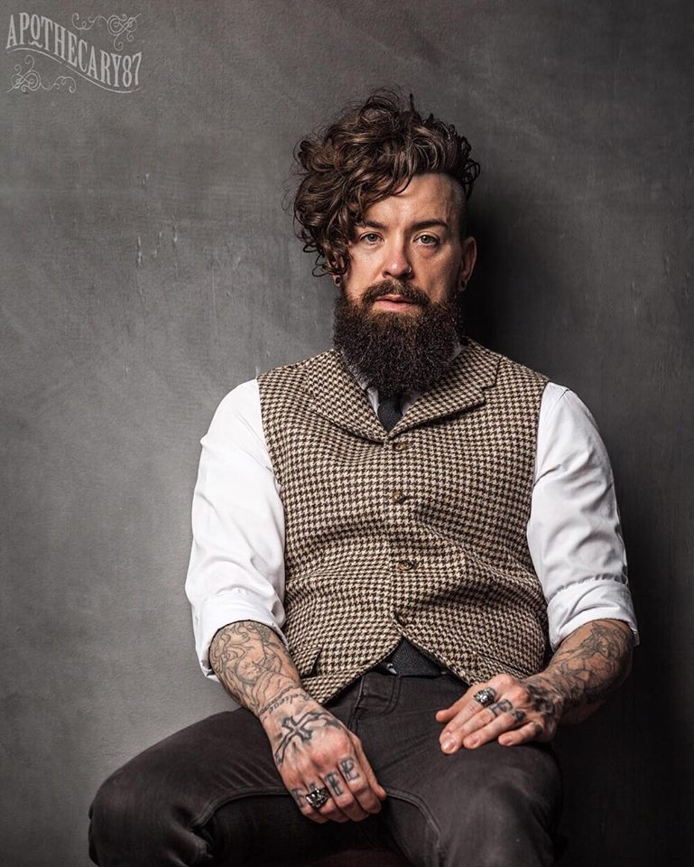 Barber Life Kręcone Włosy Poradnik Dla Faceta