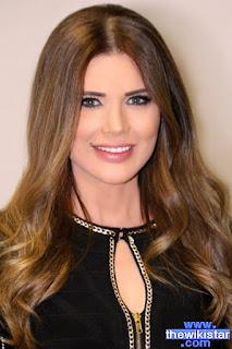 منى أبو حمزة (Mona Abou Hamze)، مذيعة برامج لبنانية